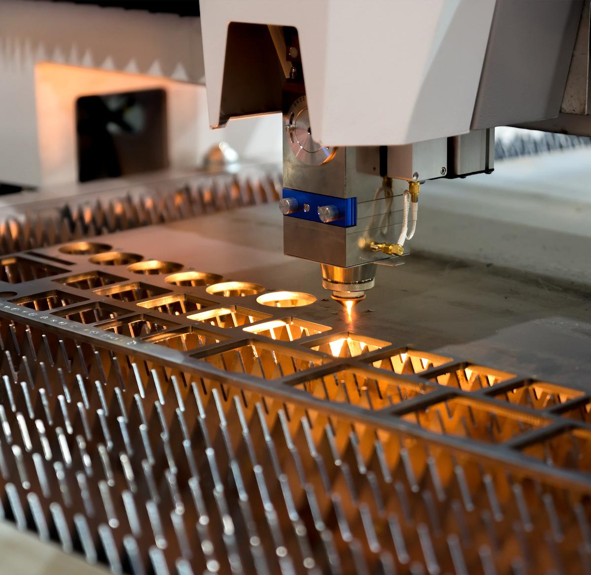 High precision CNC laser cutting metal sheet and metal pipe
